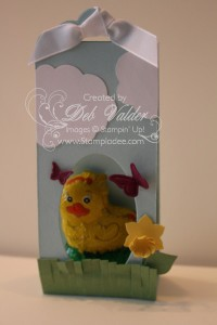 Easter-Scallop-Tag-Topper-Punch-bubble-framelit-oval-butterfly-embosslit-fringe-scissors 2