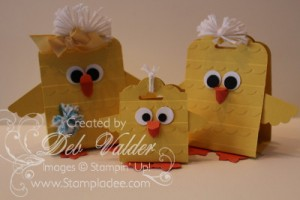 Easter-Scallop-Tag-Topper-Punch-scallop-embossing-folder